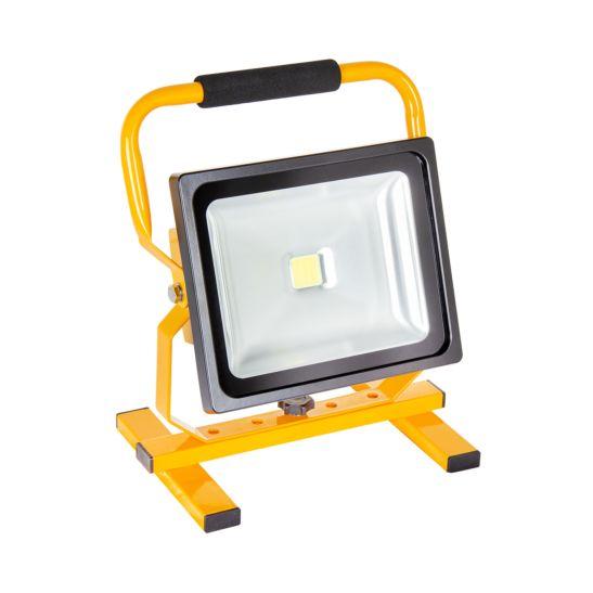 Kibernetik LED Baustrahler 30 Watt, mit Traggestell, mit Batterie