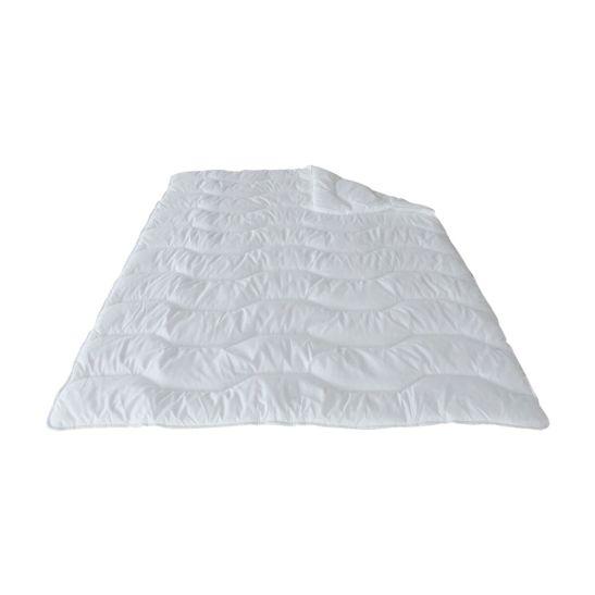 DOR Ganzjahres Duvet 160 x 210 cm, mit Polyesterhohlfaser 1'180 g